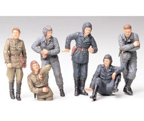 Maquette 1/35 TAMIYA - RUSSIAN ARMY TANK CREW AT REST  ref 214