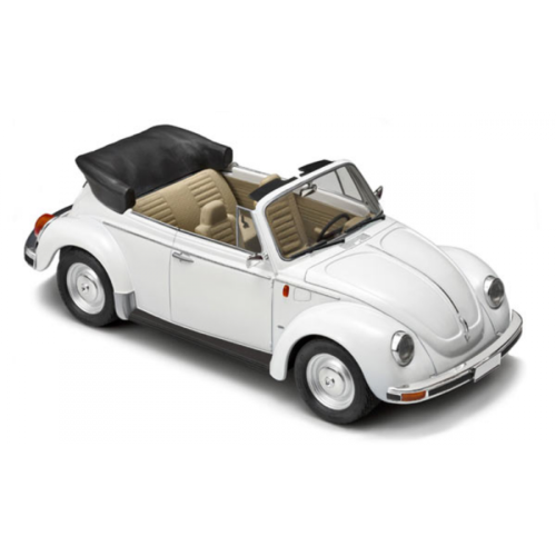 Maquette 1/24 TAMIYA - BEETLE CABRIOLET VW 1303S ref 3709